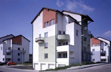 1997 - Bytové domy v Stupave na Vajanského ulici, Investor : Sibamac a.s., invest.náklad  2 mil. Euro
