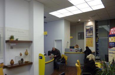 Poštová banka BA Vlastenecké námestie - 2008-2010-Návrhy a realizácie interiérov Poštovej Banky a.s. po celom Slovensku